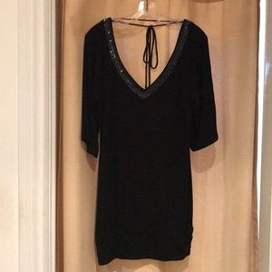 GUESS Black short sleeve beaded knit top